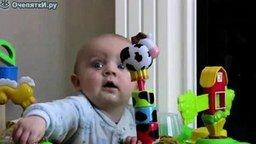 Дитё и ТВ смотреть видео прикол - 0:59