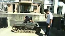 Самодельный танк смотреть видео - 3:16