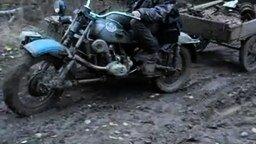 Мотоцикл-вездеход смотреть видео прикол - 2:42