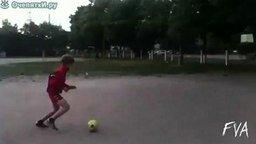 Футболист снайпер смотреть видео прикол - 0:16