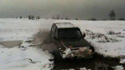 Во льду и в грязи смотреть видео прикол - 2:27
