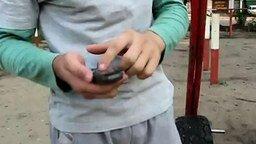 Смотреть Фокус с мобильником