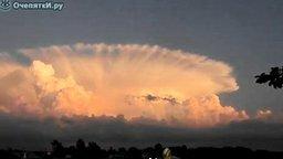 Удивительные облака смотреть видео - 0:44