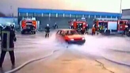 У пожарников и авто летают смотреть видео прикол - 0:55