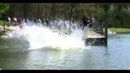 Смотреть Сел на кол перед прыжком